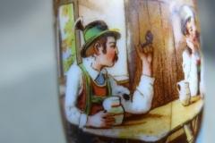 Fajka porcelanowa ze sceną z gospody